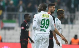 Moussa Sow'da problem bitmiyor!